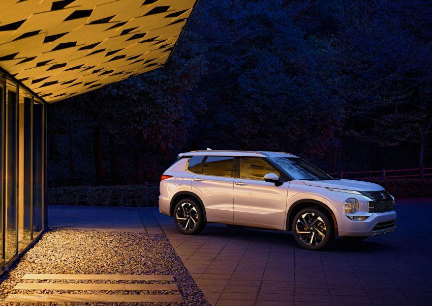 2022 Mitsubishi Outlander unveiled – Engelberg Tourer looks, based on Nissan X-Trail, larger 2.5 litre engine Image #1249035
