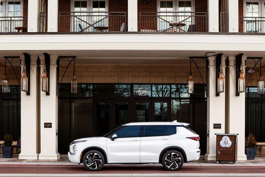 2022 Mitsubishi Outlander unveiled – Engelberg Tourer looks, based on Nissan X-Trail, larger 2.5 litre engine Image #1248966