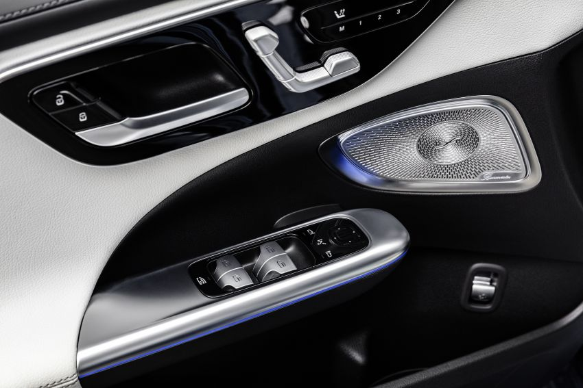 2022 W206 Mercedes-Benz C-Class debuts – tech from S-Class, MBUX, PHEV with 100 km all-electric range Image #1252746