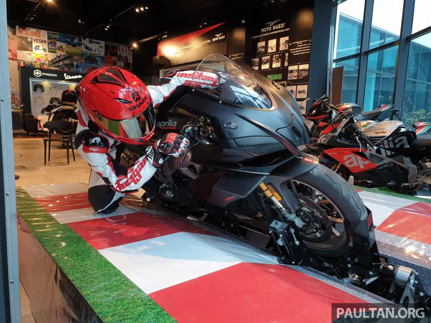 Aprilia Moto Trainer now in Motoplex Malaysia – ride any racetrack in the ultimate motorcycle video game Image #1251241