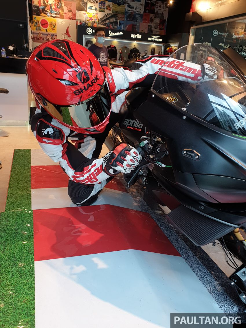 Aprilia Moto Trainer now in Motoplex Malaysia – ride any racetrack in the ultimate motorcycle video game Image #1251245