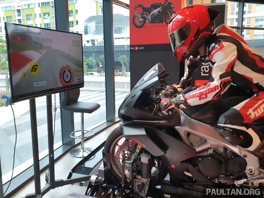 Aprilia Moto Trainer now in Motoplex Malaysia – ride any racetrack in the ultimate motorcycle video game Image #1251248