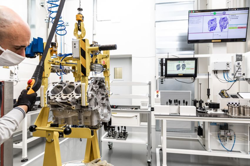Maserati Nettuno engine – getting acquainted with the 3.0L V6 heart of the new MC20 and the place it is built Image #1248048
