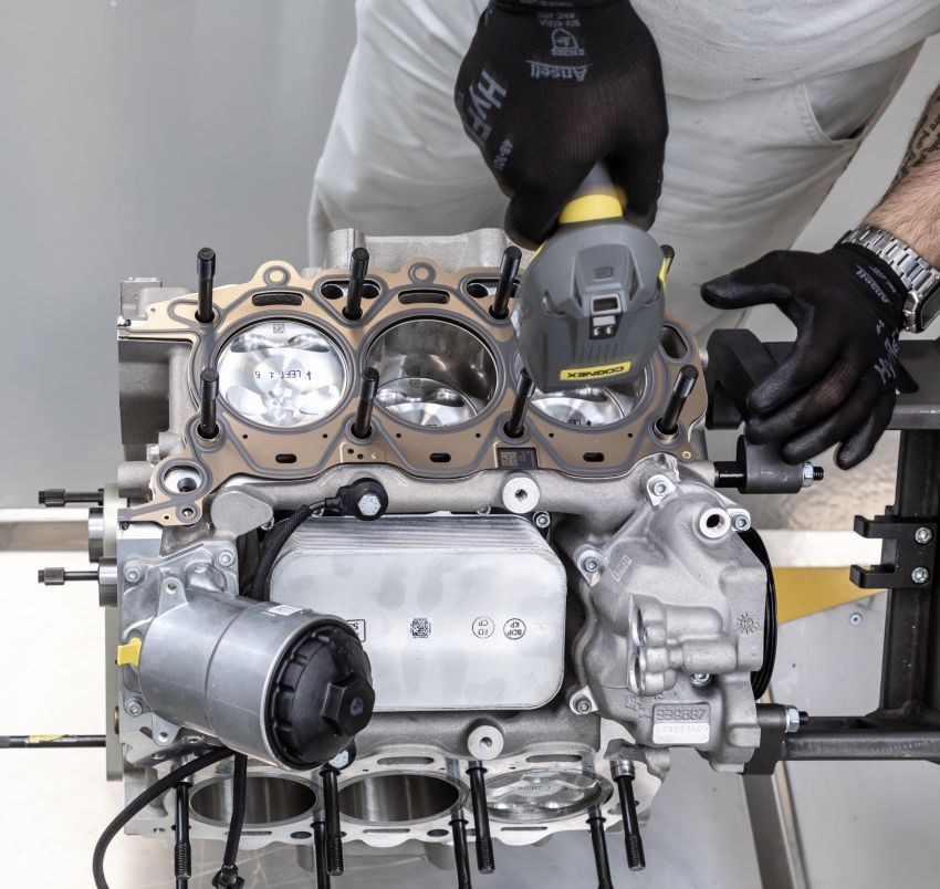 Maserati Nettuno engine – getting acquainted with the 3.0L V6 heart of the new MC20 and the place it is built Image #1248037