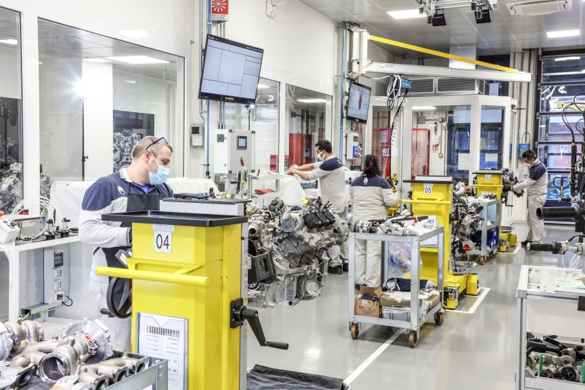 Maserati Nettuno engine – getting acquainted with the 3.0L V6 heart of the new MC20 and the place it is built Image #1248057