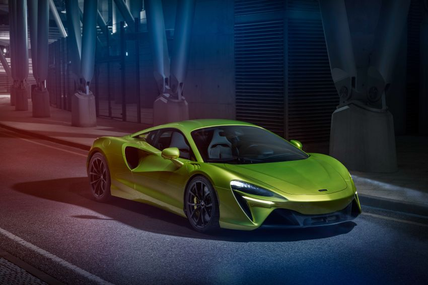 McLaren Artura debuts – new plug-in hybrid supercar with 680 PS and 720 Nm; 0-100 km/h in three seconds Image #1248915