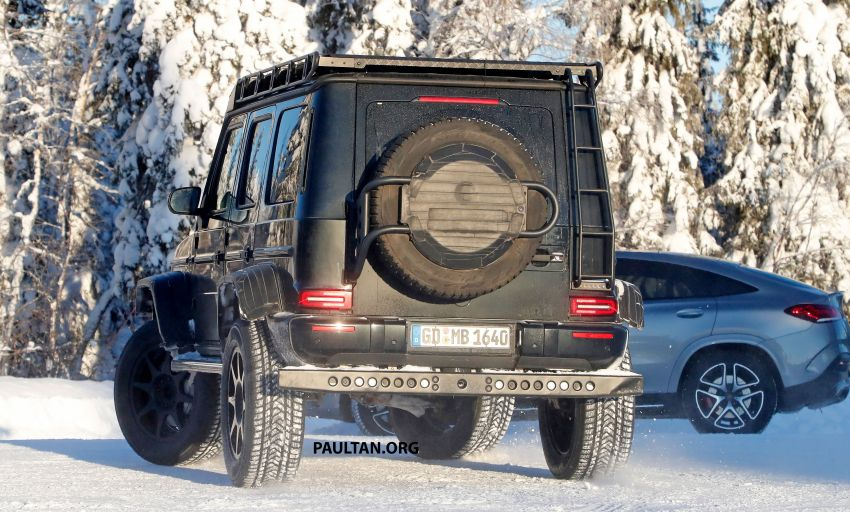 SPIED: W464 Mercedes-Benz G-Class 4×4² on test Image #1242431