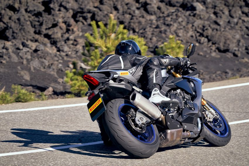 2021 Pirelli Diablo Rosso IV to suit fast road bike riders Image #1245915