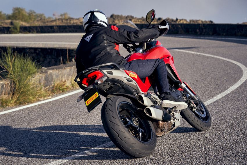 2021 Pirelli Diablo Rosso IV to suit fast road bike riders Image #1245920