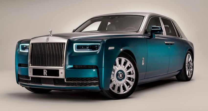 Rolls-Royce Phantom 'Iridescent Opulence' features over 3,000 bird feathers in its dash 'Bespoke Gallery' Image #1243892