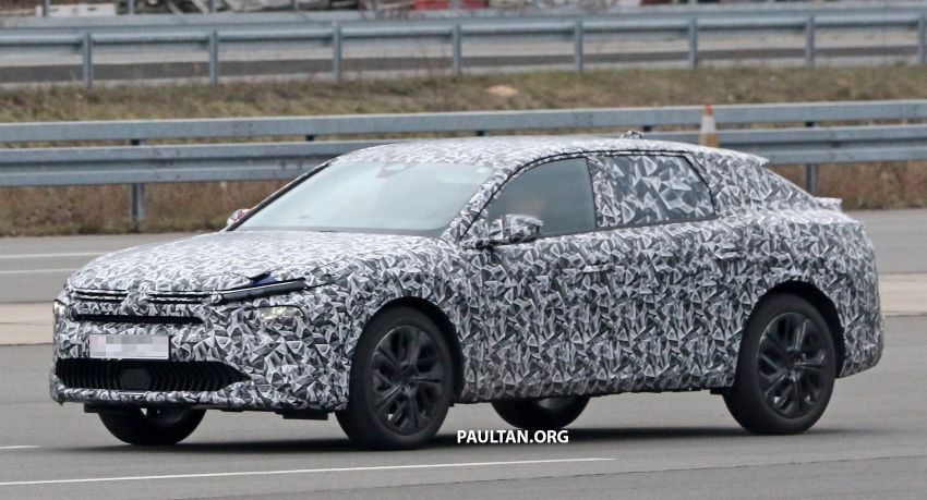 SPYSHOTS: Next Citroen C5 becomes a crossover Image #1259630