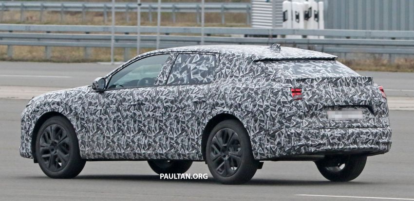 SPYSHOTS: Next Citroen C5 becomes a crossover Image #1259634