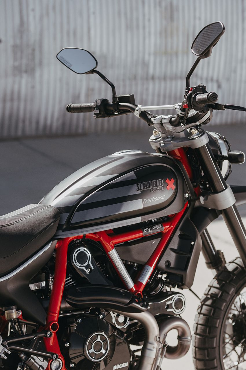 2021 Ducati Scrambler Desert Sled Fasthouse limited edition celebrates Mint 400 Hooligan Class race win Image #1261685