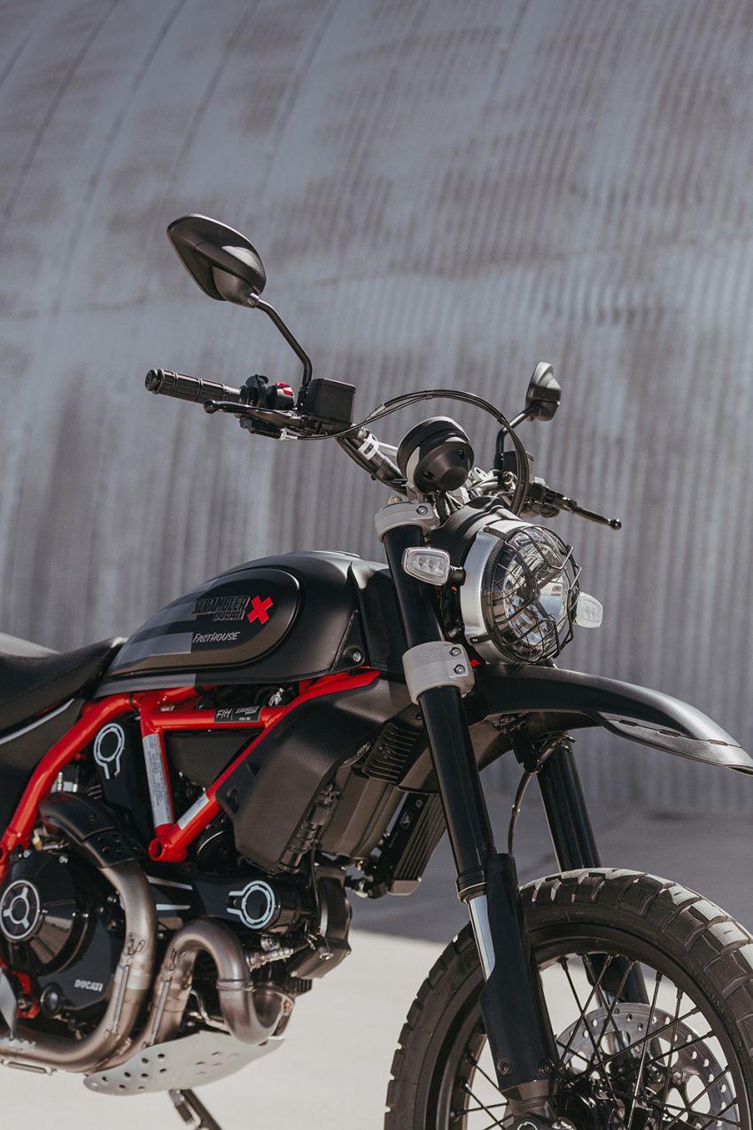 2021 Ducati Scrambler Desert Sled Fasthouse limited edition celebrates Mint 400 Hooligan Class race win Image #1261688