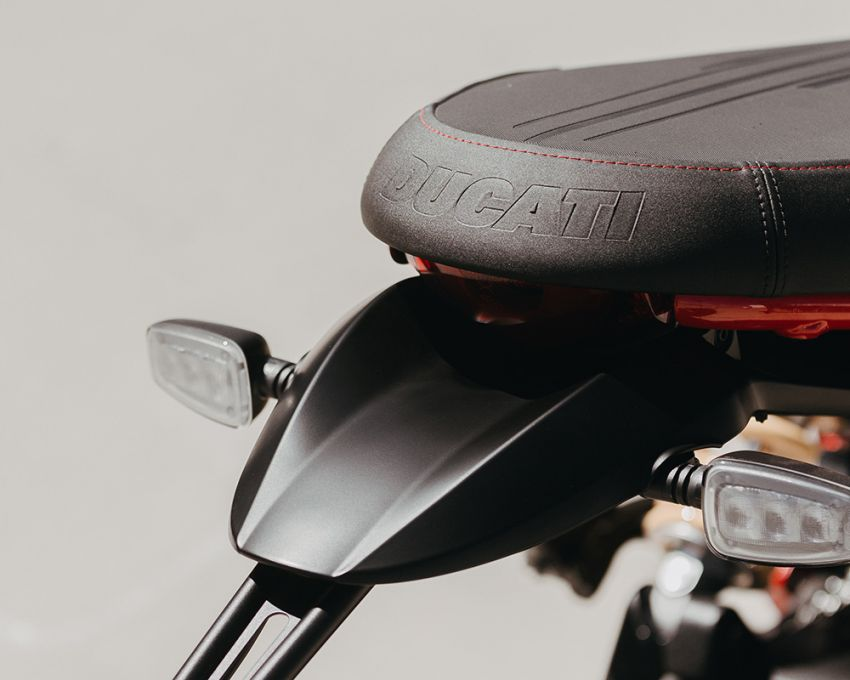 2021 Ducati Scrambler Desert Sled Fasthouse limited edition celebrates Mint 400 Hooligan Class race win Image #1261693