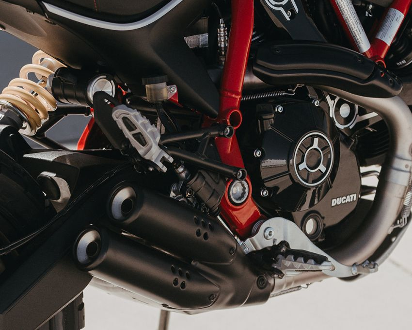 2021 Ducati Scrambler Desert Sled Fasthouse limited edition celebrates Mint 400 Hooligan Class race win Image #1261696