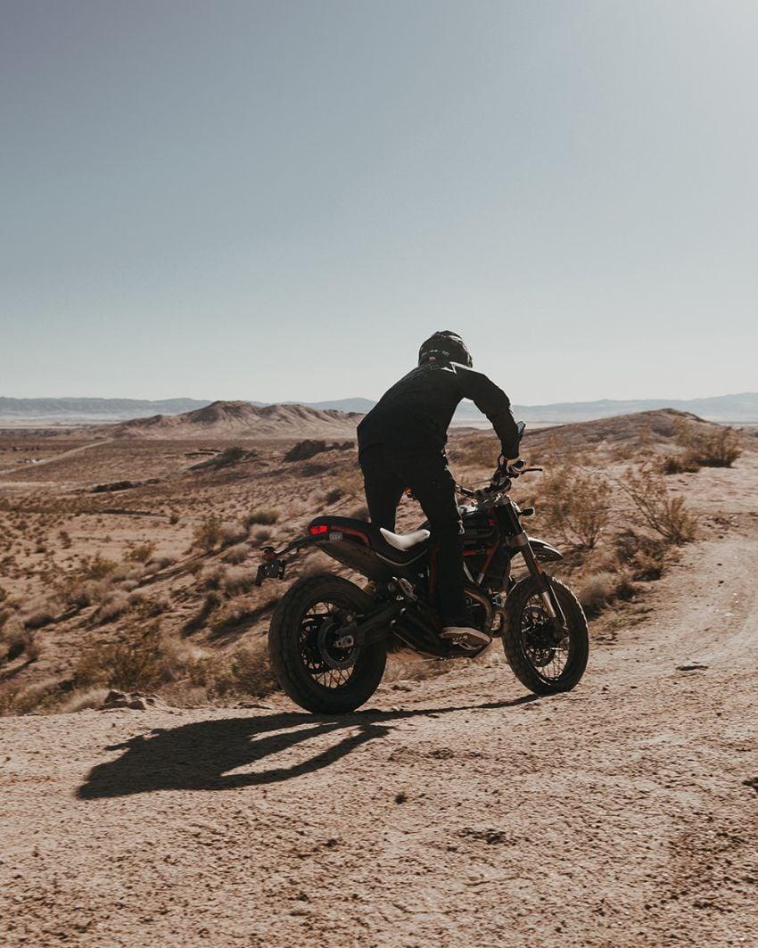 2021 Ducati Scrambler Desert Sled Fasthouse limited edition celebrates Mint 400 Hooligan Class race win Image #1261697