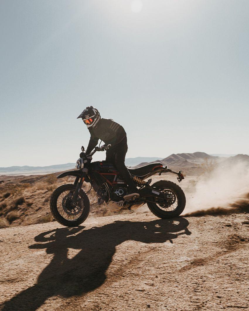 2021 Ducati Scrambler Desert Sled Fasthouse limited edition celebrates Mint 400 Hooligan Class race win Image #1261698