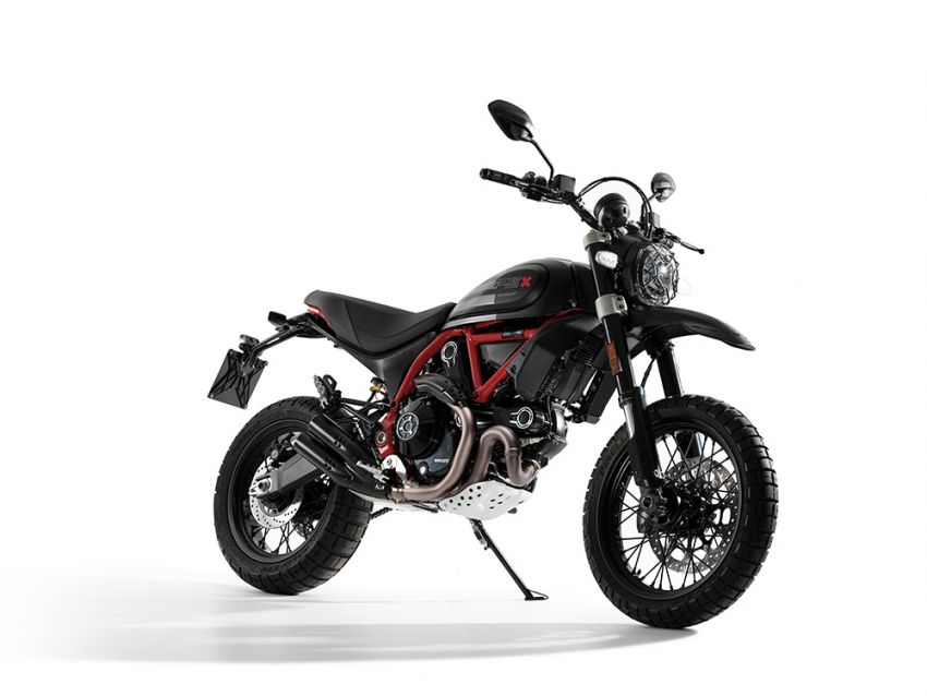 2021 Ducati Scrambler Desert Sled Fasthouse limited edition celebrates Mint 400 Hooligan Class race win Image #1261709