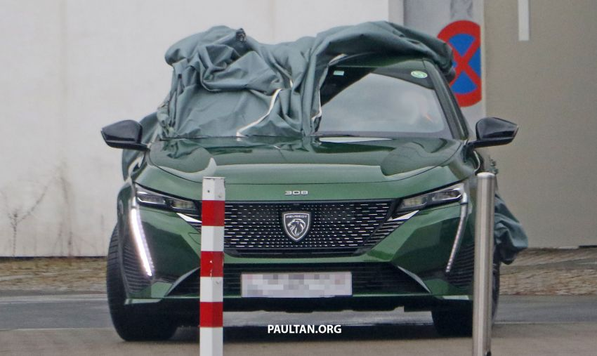 SPIED: Next-gen Peugeot 308 hatch seen undisguised Image #1261213