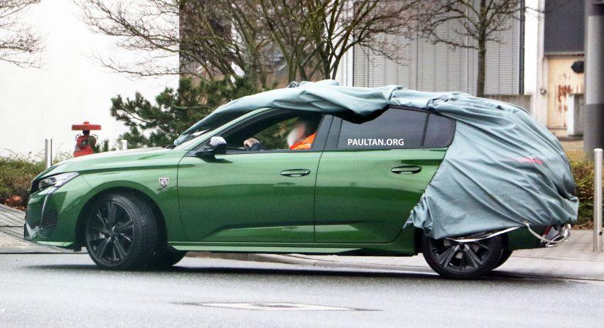 SPIED: Next-gen Peugeot 308 hatch seen undisguised Image #1261204