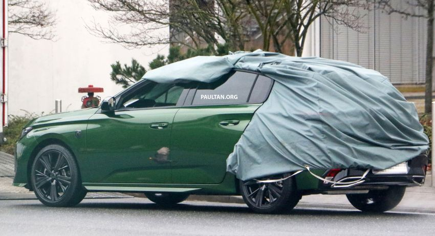 SPIED: Next-gen Peugeot 308 hatch seen undisguised Image #1261200