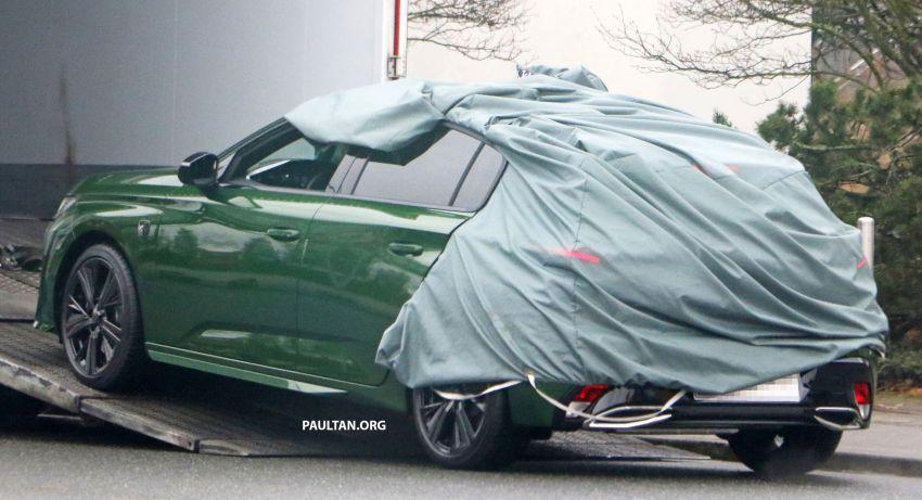SPIED: Next-gen Peugeot 308 hatch seen undisguised Image #1261197