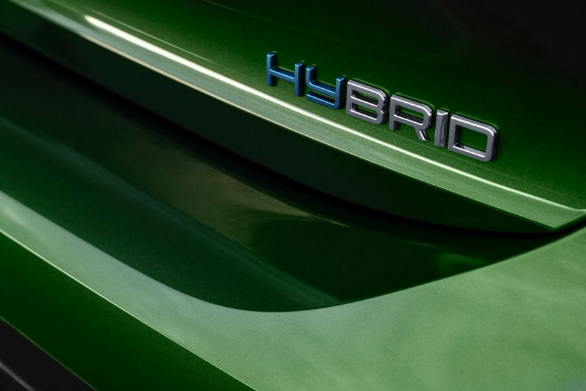 2021 Peugeot 308 revealed – revised C-segment hatch gets new lion badge, bold design and two PHEVs Image #1265429