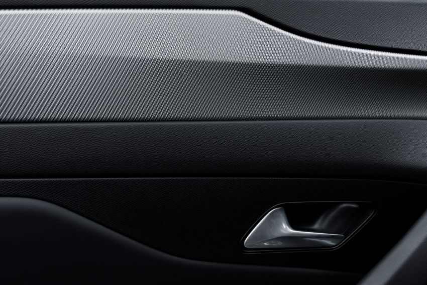 2021 Peugeot 308 revealed – revised C-segment hatch gets new lion badge, bold design and two PHEVs Image #1265443