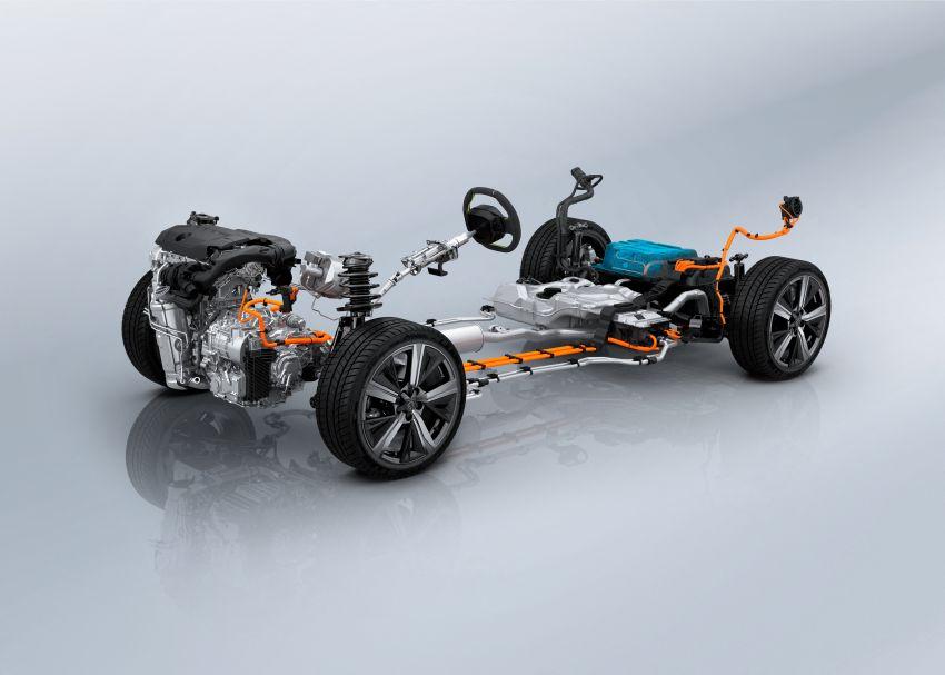 2021 Peugeot 308 revealed – revised C-segment hatch gets new lion badge, bold design and two PHEVs Image #1265458