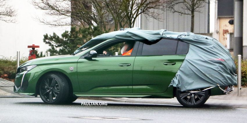 SPIED: Next-gen Peugeot 308 hatch seen undisguised Image #1261205