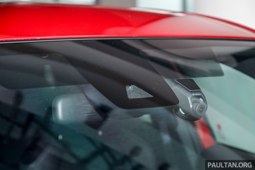 2021 Toyota Corolla Cross launched in Malaysia – two variants, 1.8L with 139 PS and 172 Nm, CVT; fr RM124k Image #1268437