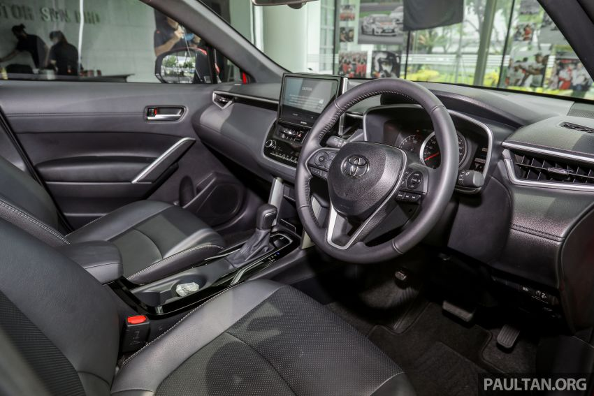 2021 Toyota Corolla Cross launched in Malaysia – two variants, 1.8L with 139 PS and 172 Nm, CVT; fr RM124k Image #1268473