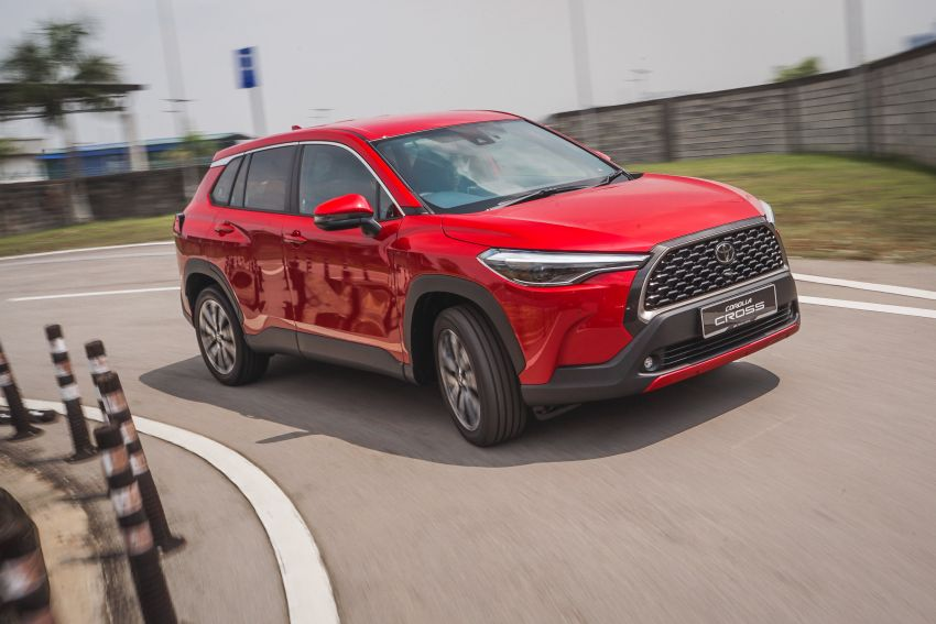 2021 Toyota Corolla Cross launched in Malaysia – two variants, 1.8L with 139 PS and 172 Nm, CVT; fr RM124k Image #1269413