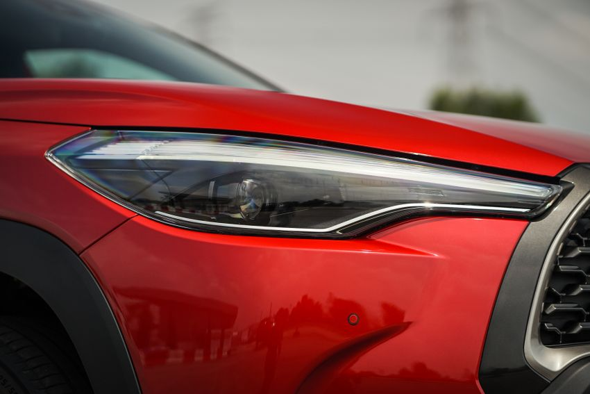 2021 Toyota Corolla Cross launched in Malaysia – two variants, 1.8L with 139 PS and 172 Nm, CVT; fr RM124k Image #1269404