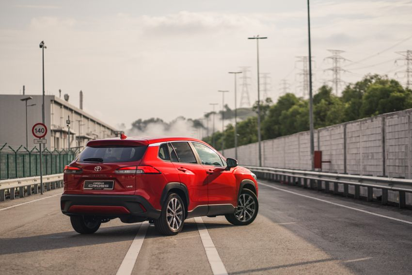 2021 Toyota Corolla Cross launched in Malaysia – two variants, 1.8L with 139 PS and 172 Nm, CVT; fr RM124k Image #1269424