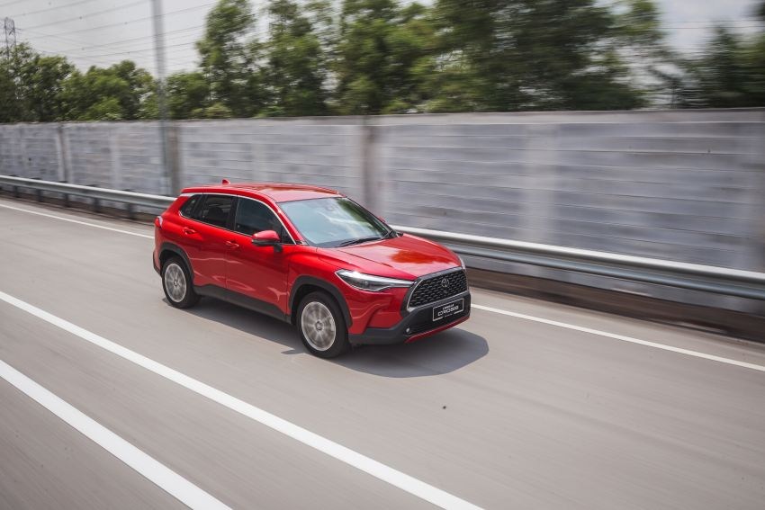 2021 Toyota Corolla Cross launched in Malaysia – two variants, 1.8L with 139 PS and 172 Nm, CVT; fr RM124k Image #1269407