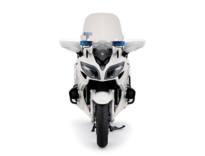 Malaysian police get Yamaha FJR1300P patrol bikes Image #1269299