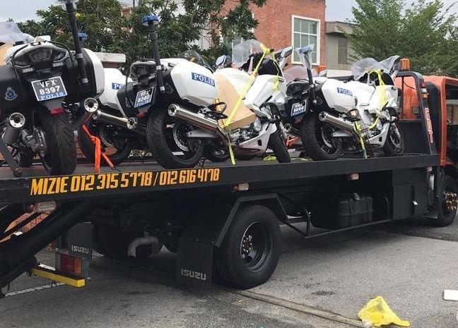 Malaysian police get Yamaha FJR1300P patrol bikes Image #1269304