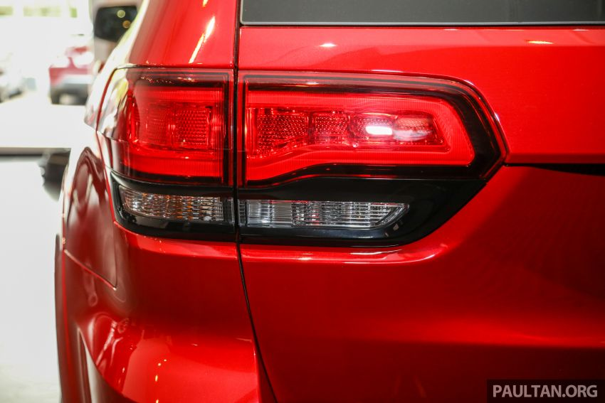 Jeep Grand Cherokee SRT dilancar di M'sia – 6.4L Hemi V8, 475 hp/644 Nm, RM719k dengan SST 50% Image #1263465