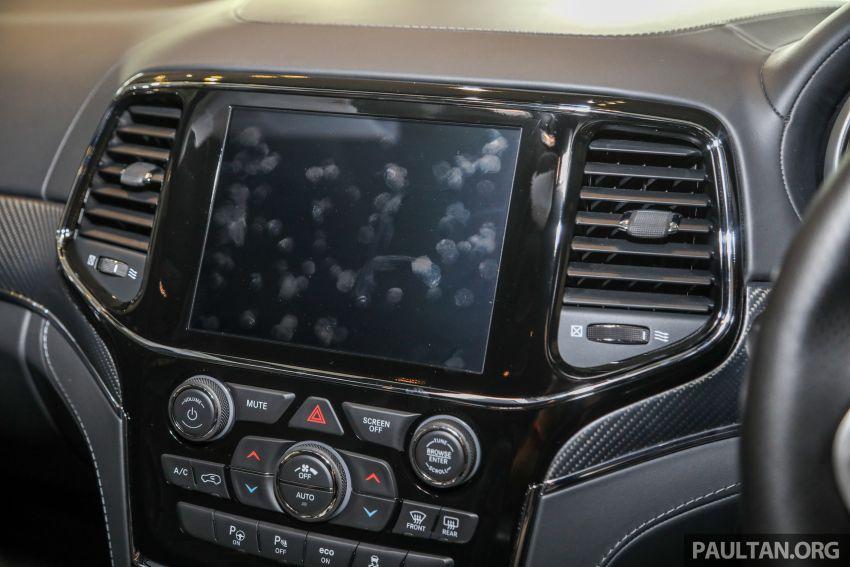 Jeep Grand Cherokee SRT dilancar di M'sia – 6.4L Hemi V8, 475 hp/644 Nm, RM719k dengan SST 50% Image #1263481