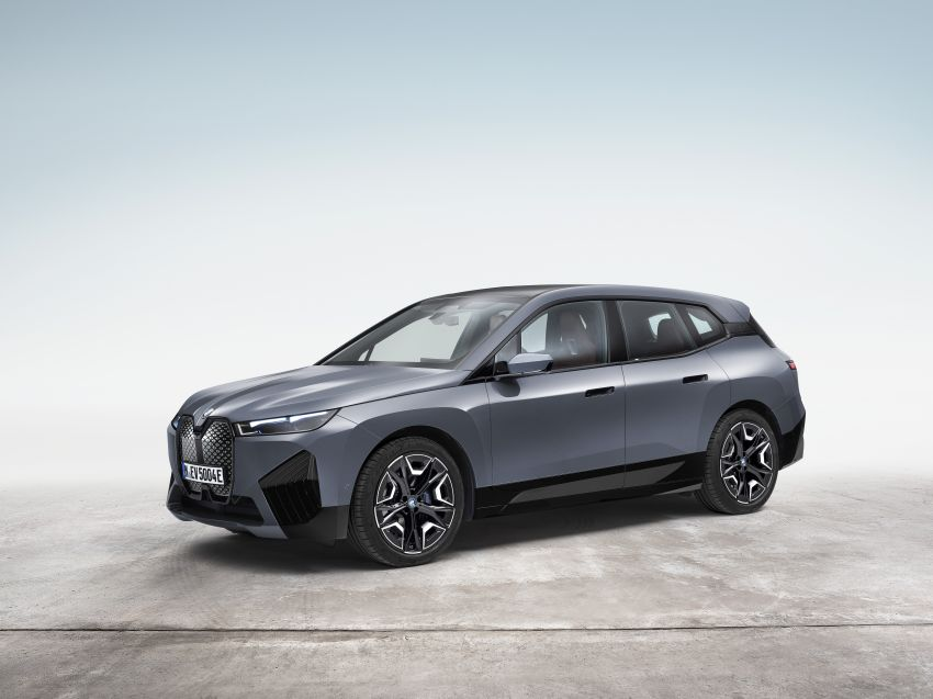 BMW iX electric SUV detailed – 320 PS xDrive40 with 400 km range, 500 PS xDrive50 with 600 km range Image #1264485