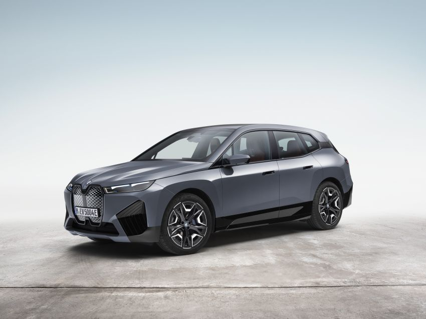 BMW iX electric SUV detailed – 320 PS xDrive40 with 400 km range, 500 PS xDrive50 with 600 km range Image #1264486