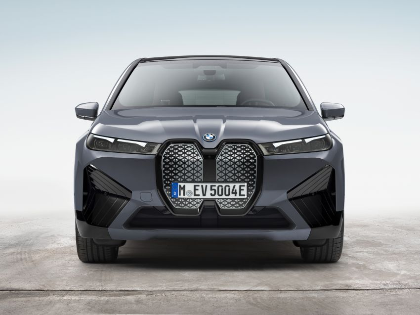 BMW iX electric SUV detailed – 320 PS xDrive40 with 400 km range, 500 PS xDrive50 with 600 km range Image #1264490