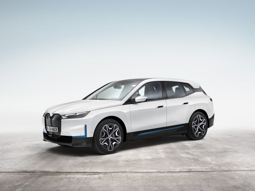 BMW iX electric SUV detailed – 320 PS xDrive40 with 400 km range, 500 PS xDrive50 with 600 km range Image #1264499