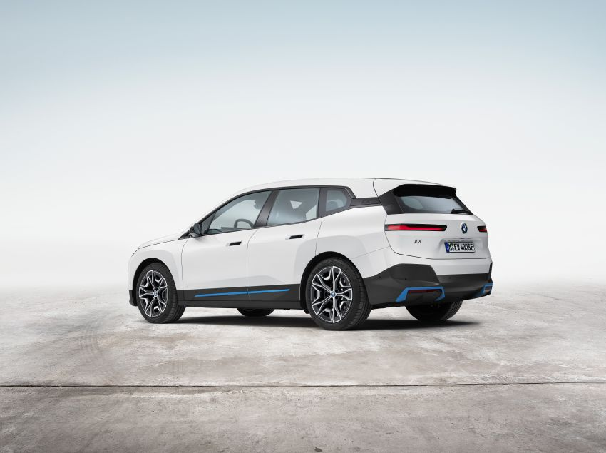 BMW iX electric SUV detailed – 320 PS xDrive40 with 400 km range, 500 PS xDrive50 with 600 km range Image #1264500