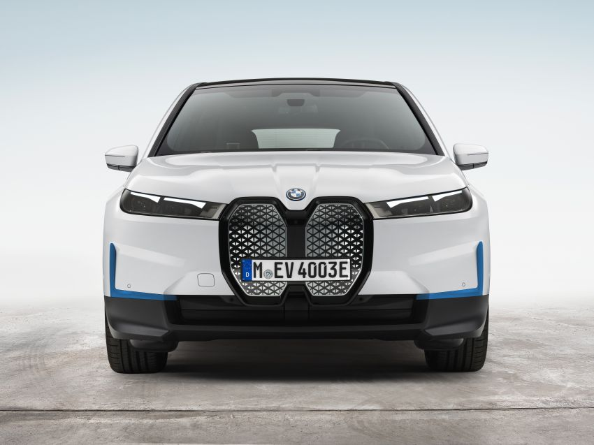 BMW iX electric SUV detailed – 320 PS xDrive40 with 400 km range, 500 PS xDrive50 with 600 km range Image #1264503