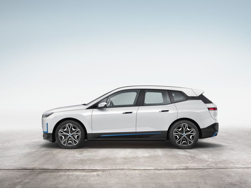 BMW iX electric SUV detailed – 320 PS xDrive40 with 400 km range, 500 PS xDrive50 with 600 km range Image #1264505