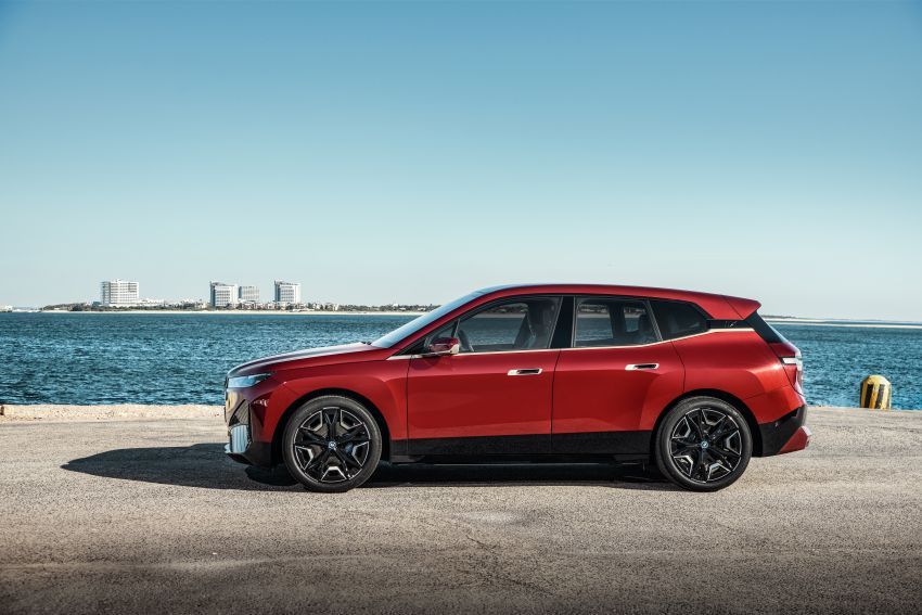 BMW iX electric SUV detailed – 320 PS xDrive40 with 400 km range, 500 PS xDrive50 with 600 km range Image #1264444