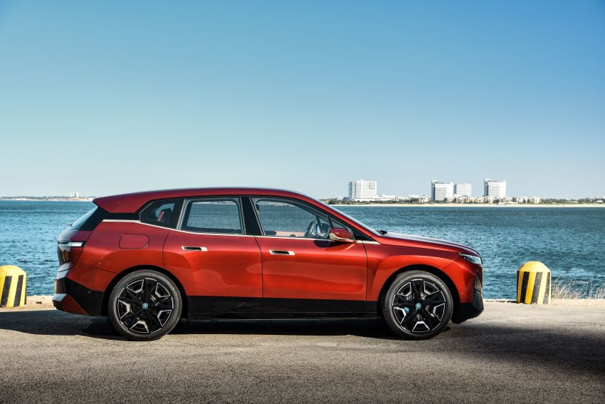 BMW iX electric SUV detailed – 320 PS xDrive40 with 400 km range, 500 PS xDrive50 with 600 km range Image #1264445